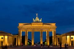 Brandenburská brána za večerního osvětlení