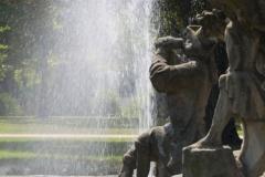 Fontána v zámecké zahradě