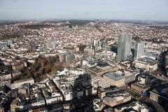 Úchvatný výhled do okolí z Main Tower z výšky 200 metrů