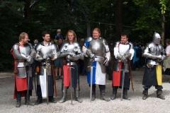 Vstup do Kaltenbergu střežili tito statní rytíři