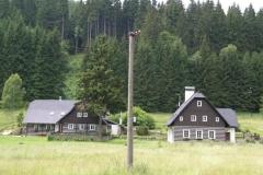Typická venkovská stavení v Orlických horách