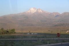 12.den- Vyhaslá sopkaErciyes Dagi (3917 m)