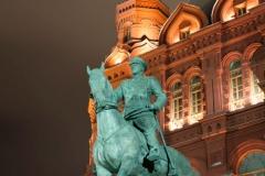 Maršál Žukov a v pozadí Kremlin