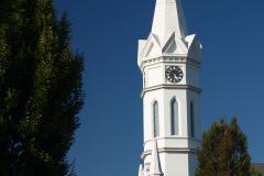 Věž kostela v městečnu Mörbich