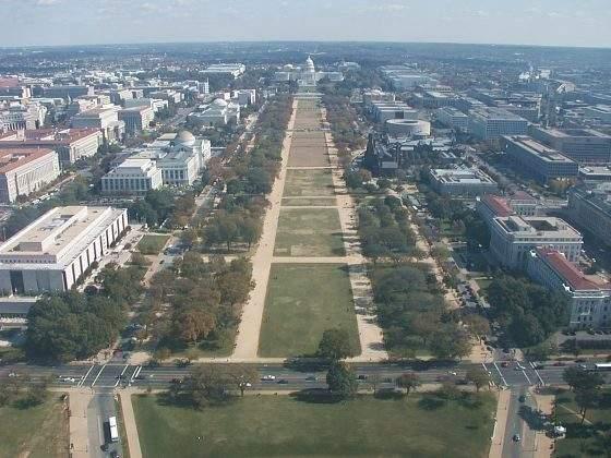 Capitol a National Mall z Washington memorial