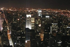 Midtown v noci, čára vlevo - 5. Avenue