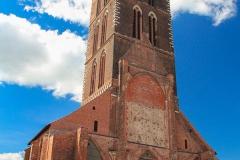 Z další katedrály po 2. světové válce zbyla jen věž
