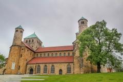 Kostel St. Michael - objevuje se i na 2 eurových mincích spolkové země Niedersachsen