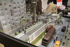 Nalevo je východní Berlín