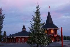 5.den- Rovaniemi - vánoční stromeček