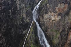 Vodopád měřící 300 metrů