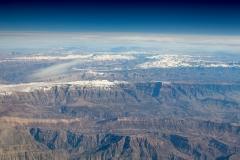 Zasněžené vrcholky íránských hor