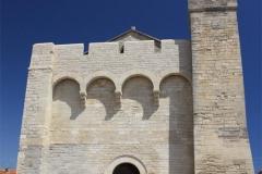 Kostel, který sloužil i jako pevnost