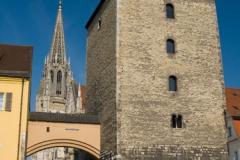 Brána do historického centra města Regensburg
