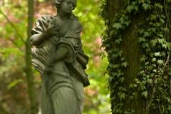 Nevím, co je to za sochu, ale je pěkná