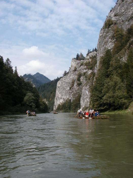 Pohled na polsé hory z Dunajce.
