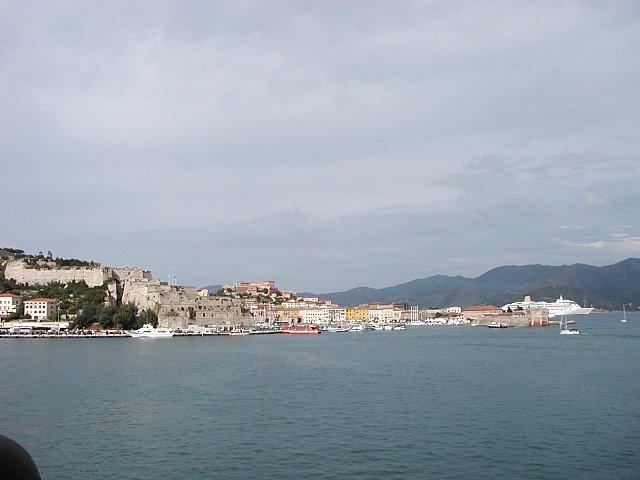 Ostrov Elba a přístav Porto Ferraio