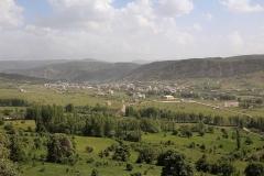 Alucra - poslední městečko před přejezdem pohoří Gümüşhane.