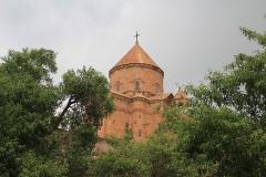 Kostelík byl postaven v letech 915-921