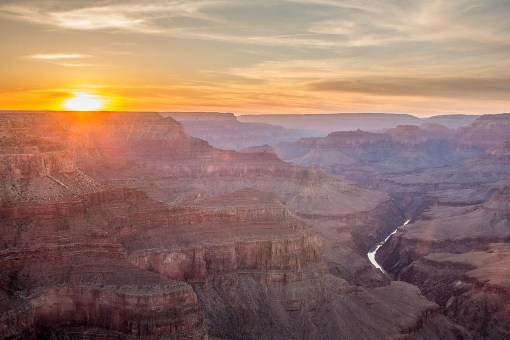Grand Canyon při západu slunce